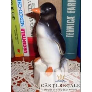Bibelou din portelan - Pinguin